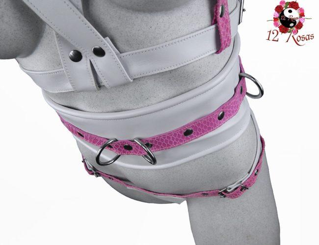 Cinturón ancho Barbie frontal 2