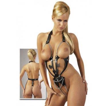 Body cuero y cadenas