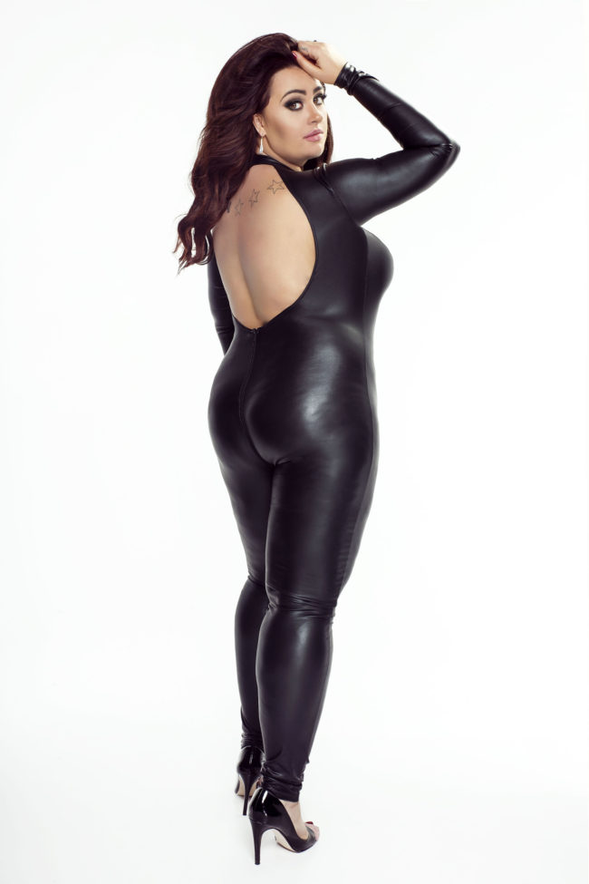 F052 Catsuit Wetlook Plus